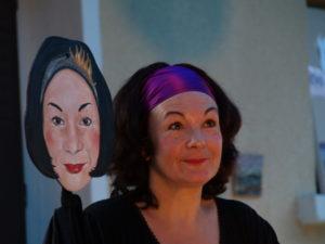 Théâtre côté jardin : Roberte Lamy dans L'heure avant l'heure, mise en scène de l'auteur, juillet 2007.